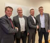 (fr v) Magnus Liljefors (chefsjurist Bravida), Tomas Lindmark (Rörteamet), Christoffer Lindmark (Rörteamet) och Olle Näsvall (regionchef Bravida). Foto: Bravida