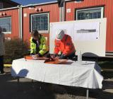 Kontraktsskrivning mellan Peab och Göteborgs stad för den nya högstadieskolan i Lundby på Hisingen. Foto: Peab