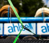 Lastbil levererar material från Ahlsell. Foto: Ahlsell