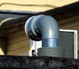 Ventilationsrör på tak. Foto: Colourbox