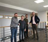 Ola Lundh (regionchef Syd på Assemblin VS), Peter Wahlqvist och Hans Fredriksson (ägare Värmesvets Entreprenad) och Andreas Aristiadis (vd och affärsområdeschef på Assemblin VS). Foto: Assemblin