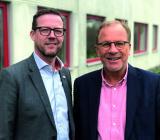 Peter Nilsson (tv), internrekryteras i koncernen som ny vd för Umia Ystad AB i samband med att Umia köper aktiemajoriteten i Elan El & VVS från Arne L Nilsson. Foto: Umia
