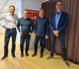Från vänster: Emmanuel Dunat, Vinci Energies; Mikael Rautio, Fiber och Elkraft i Norr;  Jörgen Pääjärvi, Fiber och Elkraft i Norr och Kurt Johansson, Vinci Energies. Foto: Vinci Energies