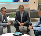 Från vänster: Närings- och innovationsminister Mikael Damberg, vd för Siemens Sverige Ulf Troedsson, verksamhetsledare för next47 Nordics Magnus Lundin. Foto: Siemens