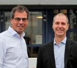 Umia Syds vd Joachim Nielsen (tv) och nye filialchefen i Lund, Kent Bengtsson. Foto: Umia