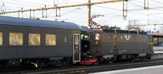 Tåg vid Hässleholms resecentrum. Foto: Colourbox