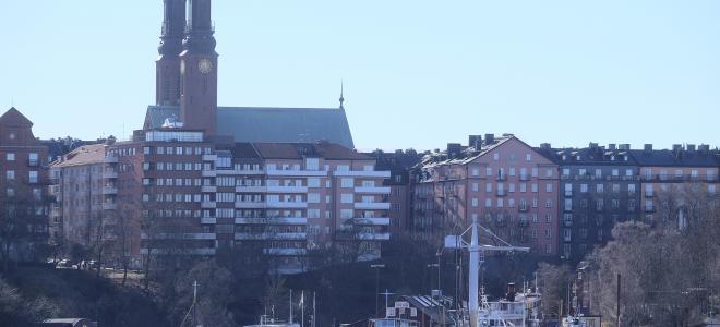 Del av Södermalm med Högalidskyrkan i Stockholm, sett från Norr Mälarstrand. Foto: Colourbox