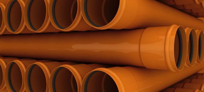 Travade orangea plaströr. Foto: Colourbox