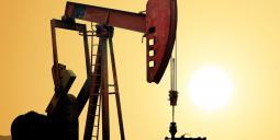 Pump vid oljefält. Foto: Colourbox